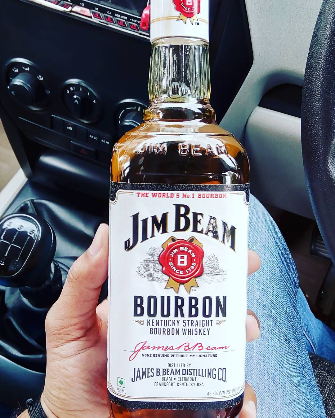 Jim Beam 40 Alcohol At The Wheel Of The Car Canceraware